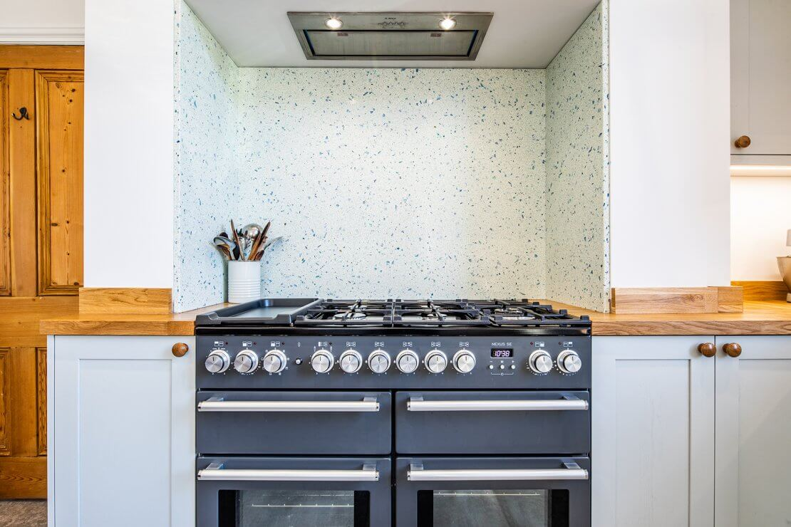 rangecooker in new kitchen