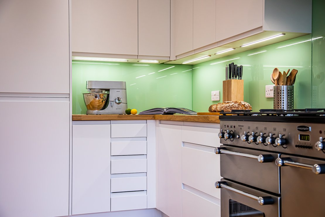 white-kitchen-cabinets-with-led-lighting