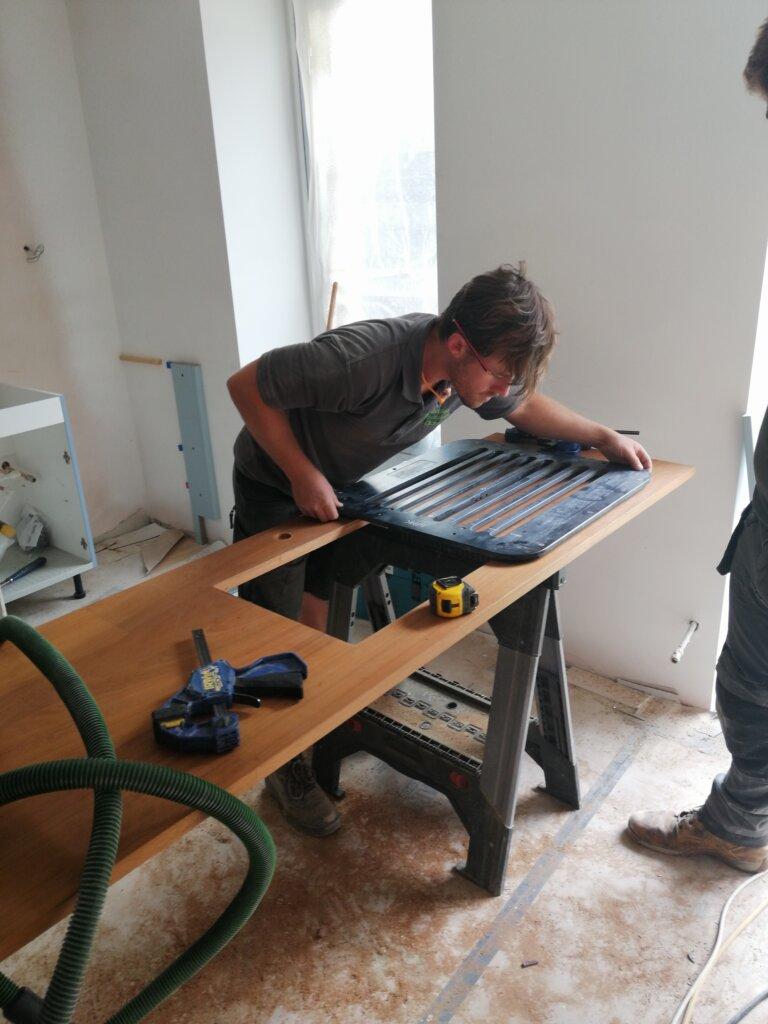 Cutting our drainer grooves in kitchen worktop with jig